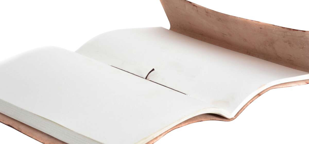 Outlet Buch - kleinere Lederfehler - gerissene Zettel - ansonsten neu – siehe Video