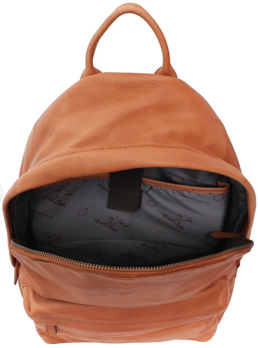 Outlet Rucksack - faltiges Leder - leichte Verfärbung - ansonsten neu - siehe Video