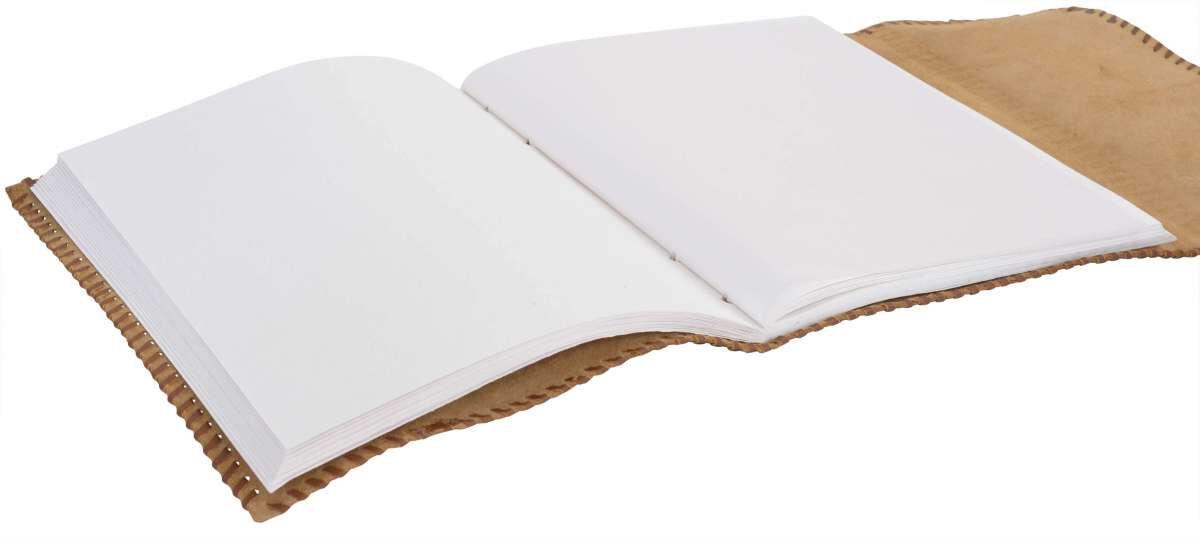 Outlet Buch - kleinere Lederfehler - faltiges Leder – vergilbtes Zettel - defekter Verschluss - an