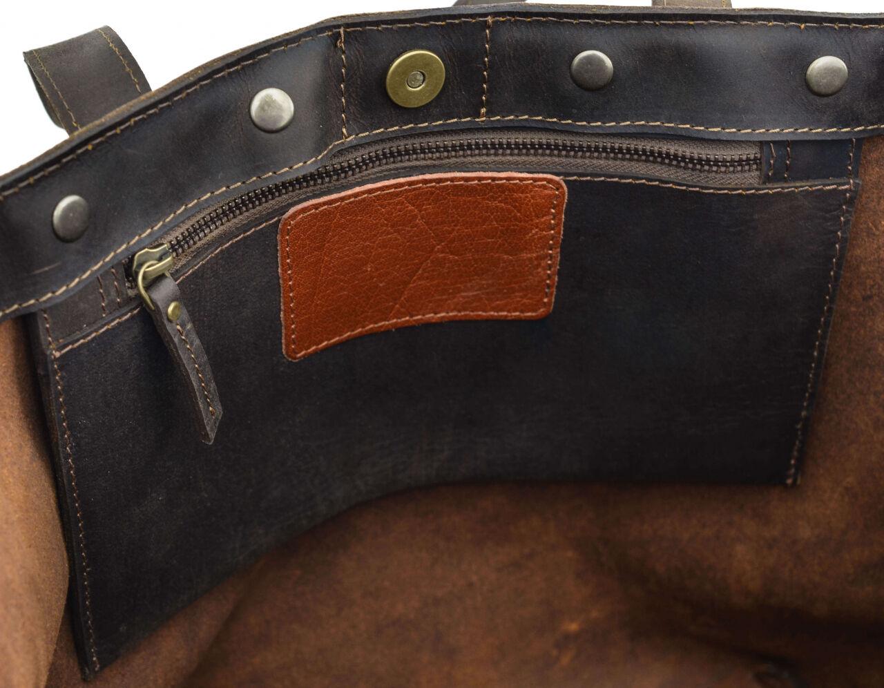 Outlet Umhängetasche - kleinere Lederfehler - Altes Logo – Klebereste - ansonsten neu - siehe Vide