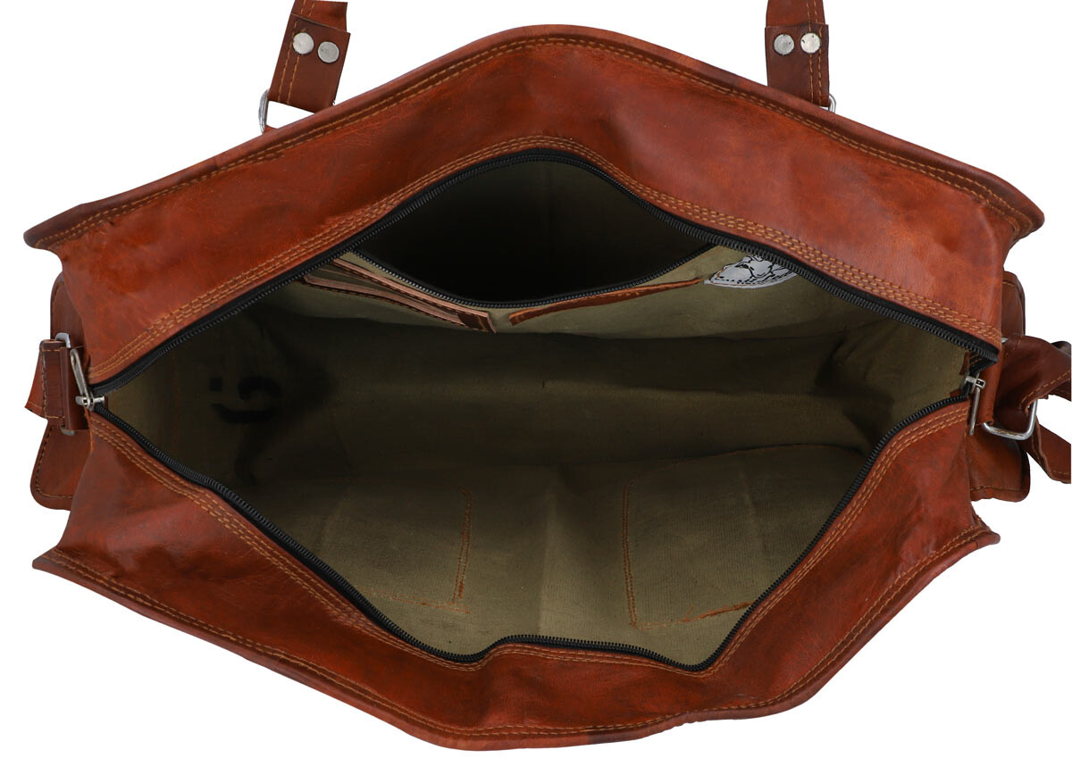 Outlet Reisetasche – Farbunterschiede im Leder - Leder leicht fettig - faltiges Leder – ansonsten ne