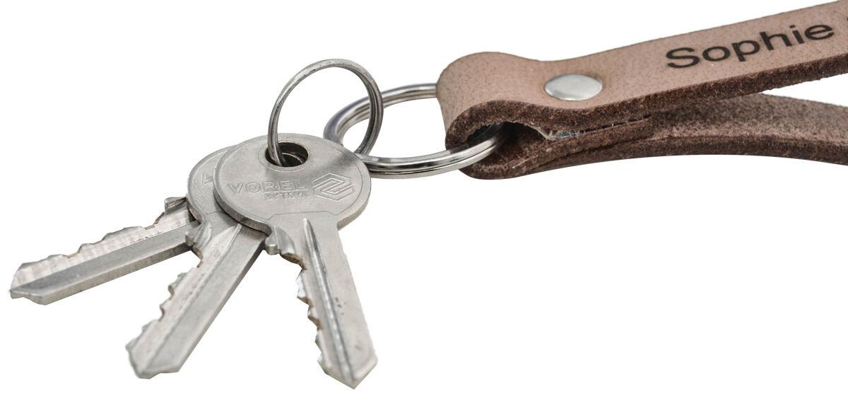 Outlet Schlüsselanhänger - leichte Verfärbung - ansonsten neu - siehe Video