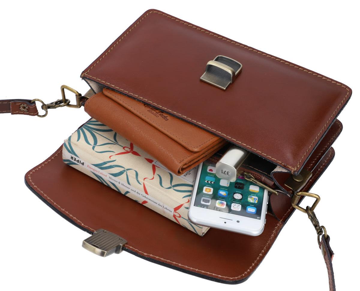 Outlet Handtasche - kleiner Lederfehler - faltiges Leder - ansonsten neu - siehe Video