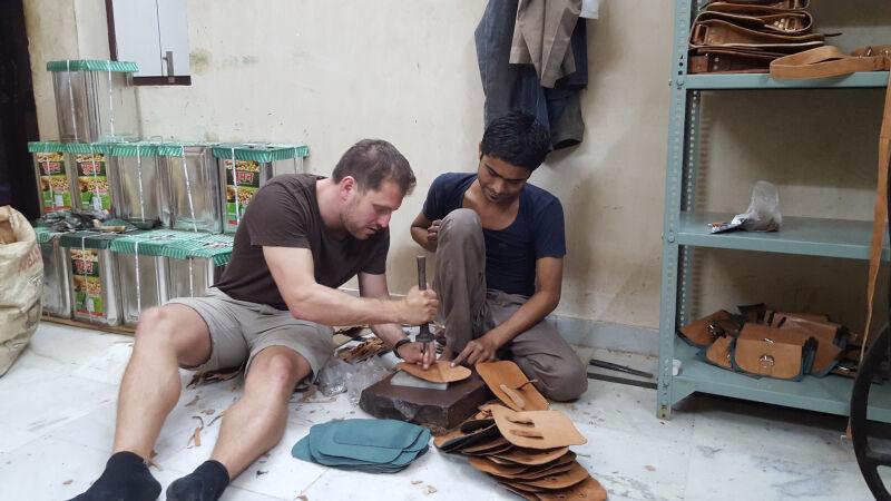 CEO Christian Pietsch in Indien beim Besuch der Produktionsstätte