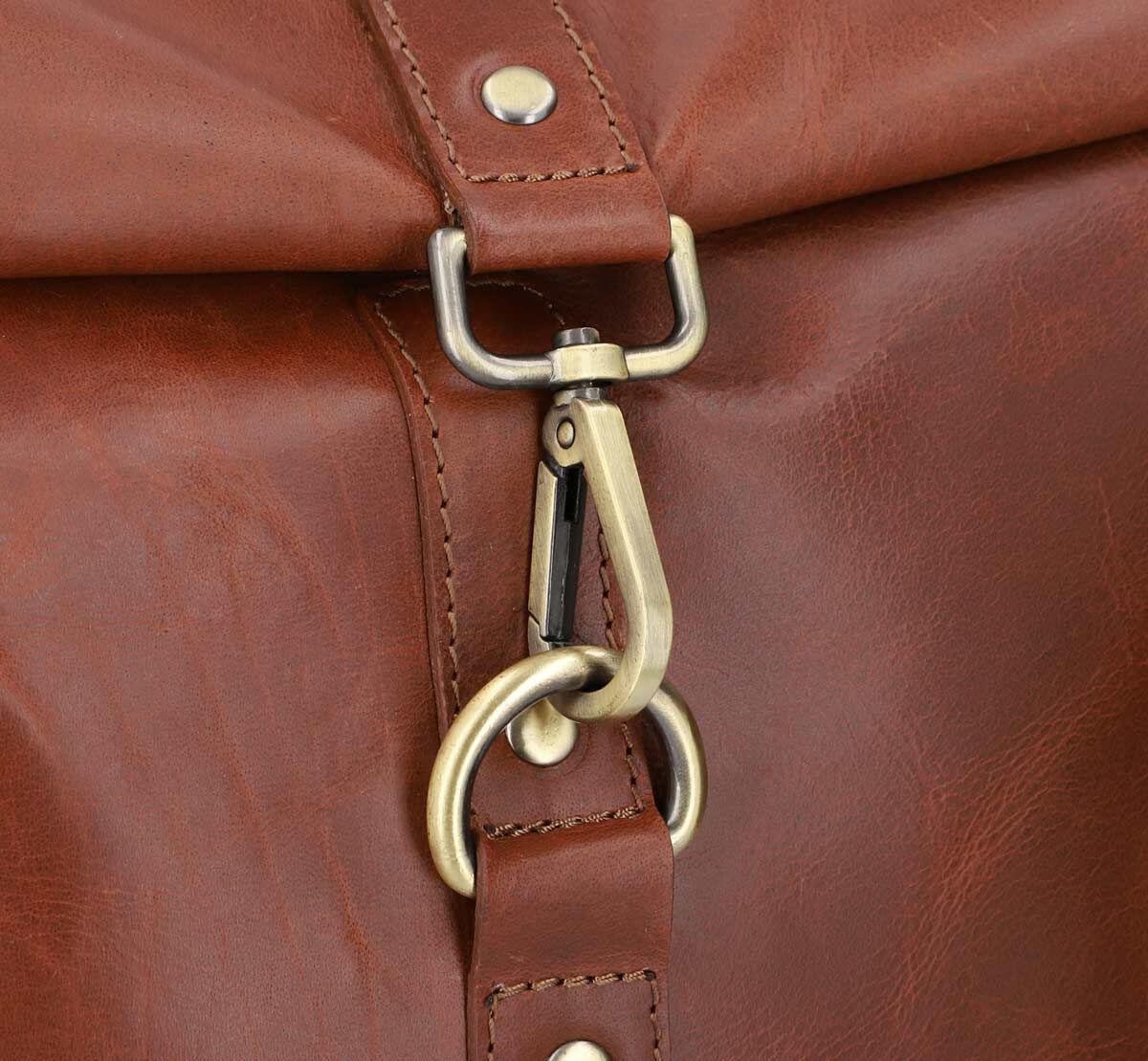 Outlet Rucksack – faltiges Leder – kleinere Lederfehler – ansonsten neu – Siehe Video