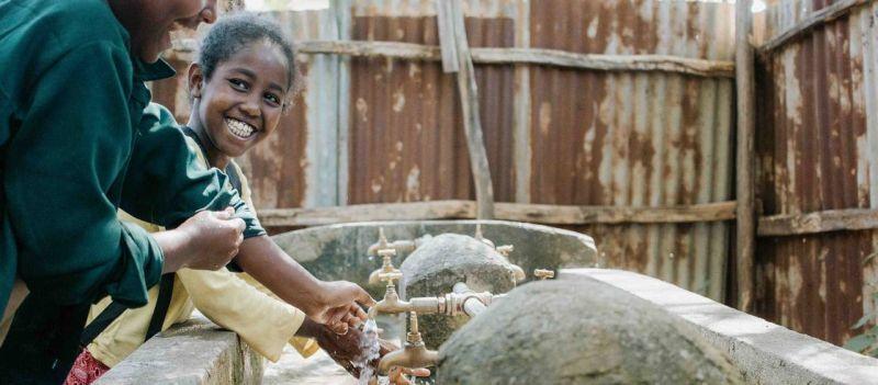 media/image/Handwaschanlage_in-AEthiopien_-C-_LeaMay.jpg
