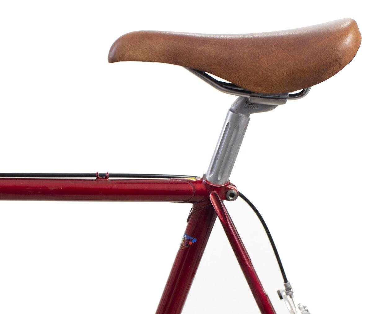 Outlet Fahrradsattel kleinere Lederfehler - fehlerhaftes Design -- ansonsten neu - siehe Video