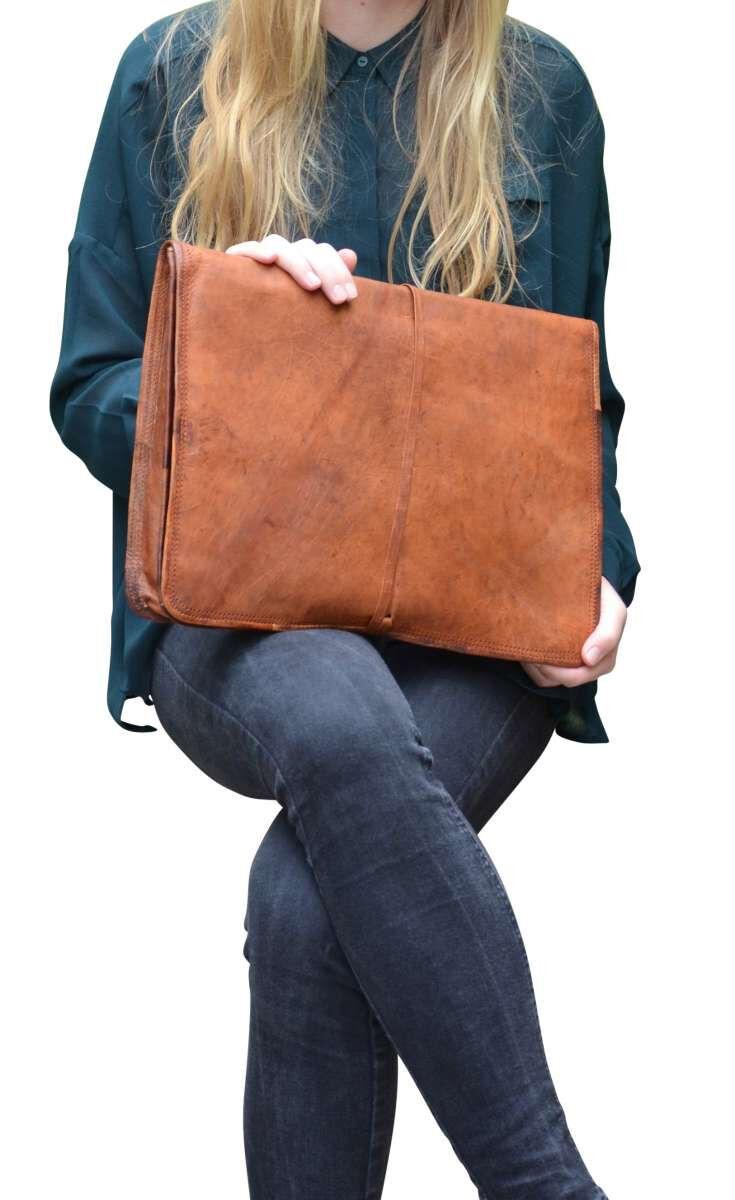 Outlet Laptoptasche – Verfärbungen - kleinere Lederfehler - Leder leicht fettig – ansonsten neu – S