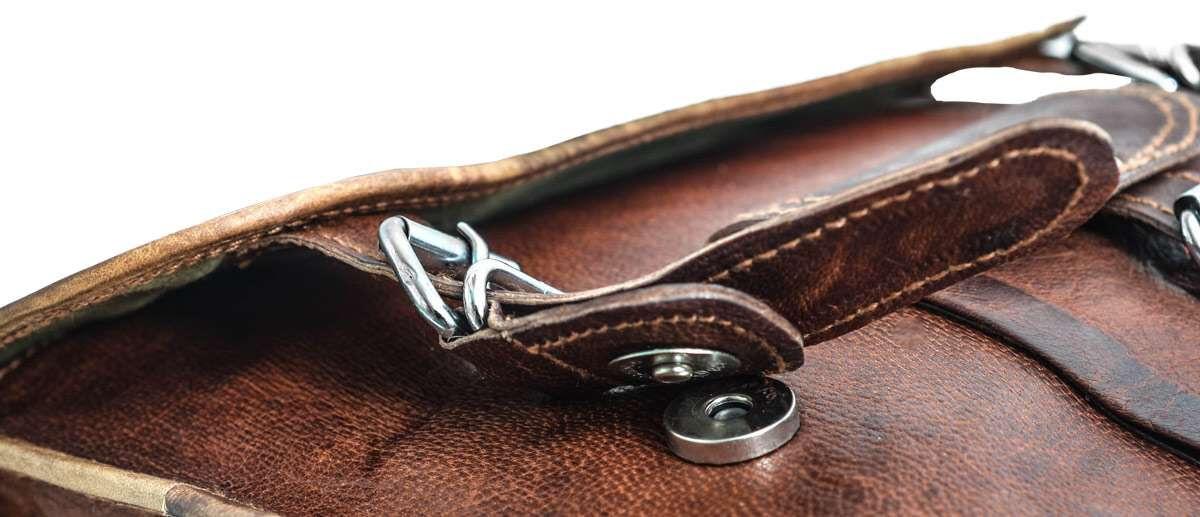 Outlet Aktentasche - eines defekten Reißverschlusses - ansonsten neu - siehe Video